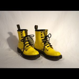 Sized 6 - Dr Marten - Yellow Boot